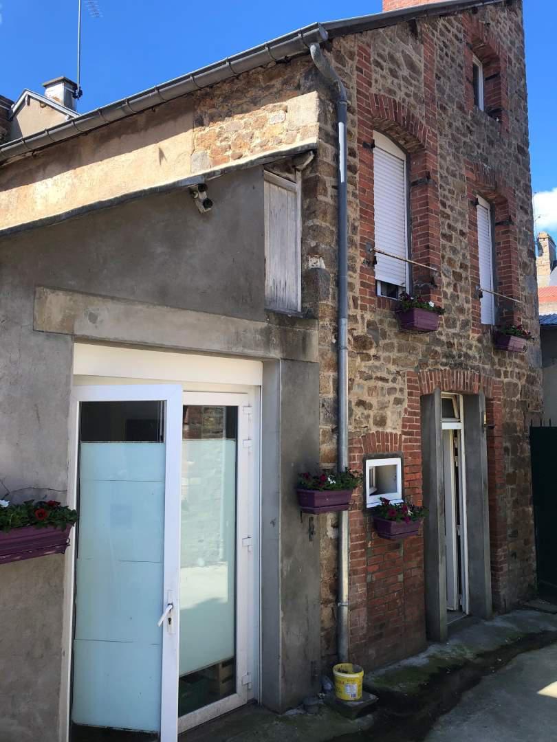 local d'activité en vente Ducey-Les Chéris