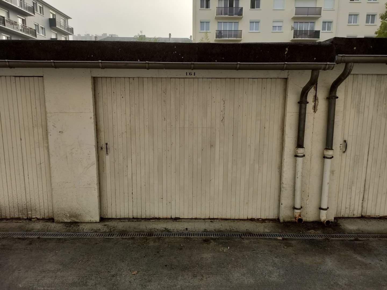 Garage / Box en vente Saint-Lô
